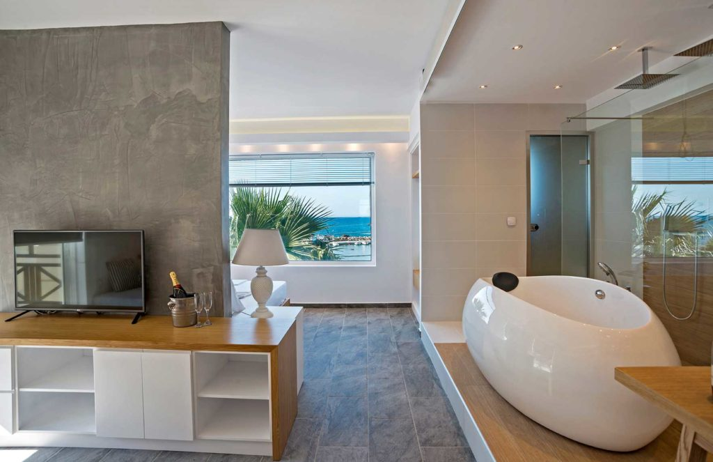 Honeymoon Suite Interior - Porto kalamaki Hotel, Chania Crete - Greece